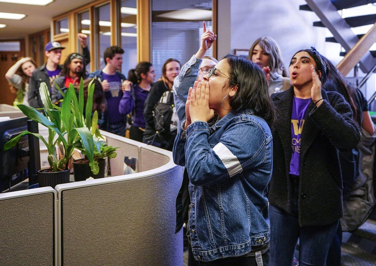Students protest possible closure of UW Medical laundry; 100 jobs at risk